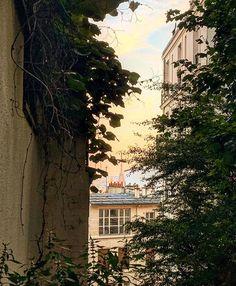 Seasons, Paris, Adventure, House Styles, Outdoor, Home Decor, Outdoors, Montmartre Paris, Decoration Home