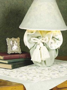 Lamp Cover & Table Mat  fee sewing pattern of the day from freepatterns.com 8/3/13