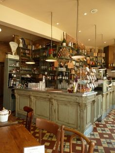 Took this picture in a small cafe in Avignon. Click for more pics...