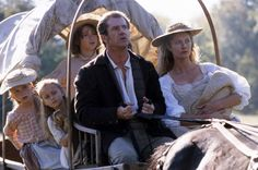 THE PATRIOT, Mika Boorem, Skye McCole Bartusiak, Trevor Morgan, Mel Gibson, Joely Richardson, 2000. ©Columbia Pictures