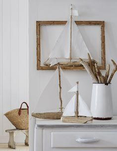 Make small bates - Wood Decora la Maison Beach Crafts, Summer Crafts, Diy And Crafts, Crafts For Kids, Pebble Art Family, Family Wall Art, Driftwood Projects, Driftwood Art, Deco Marine