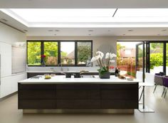 Contemporary Home - Hampstead - Contemporary - Kitchen - London - by Mia Karlsson Interior Design Kitchen Cabinet Design, Kitchen Interior, Home Interior Design, Interior Modern, Kitchen Designs, Kitchen Ideas, Black Window Trims, Black Windows, Open Plan Kitchen Diner
