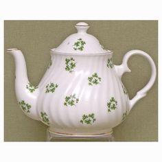 Shamrock Fine Bone China - 6 Cup Teapot