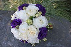 BB0618-White Rose and Purple Lisianthus Wedding Bouquet.jpg (450×300)