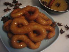 Buñuelos de Yuca y Malanga Adapted from Nitza Villapol's Cocina al Minuto.