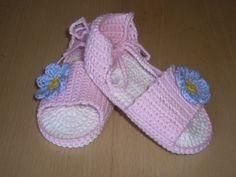 TRICO y CROCHET-madona-mía: Sandalias a crochet-modelos niñas