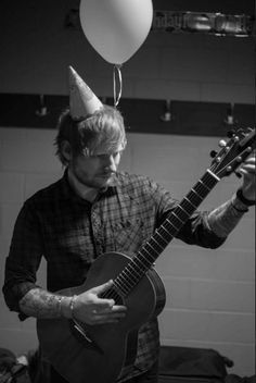 Ed Sheeran love this man to pieces Red Tour, Jesy Nelson, Keith Urban, Lorde, Red Taylor Swift, Carrie Underwood, Edward Christopher Sheeran, Ed Sheeran Love, Ed Sheeran Baby