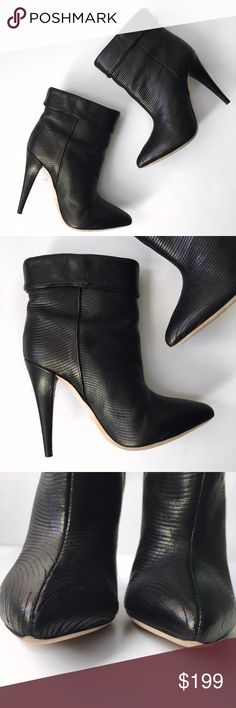 ➡️Loeffler Randall Black Emory Wave Ankle Boots⬅️ Loeffler Randall demonstrates a sense of style and sophistication in the utterly chic Emory Wave ankle boot. Fabricated from luxurious leather with a subtle wave pattern, this cuffed ankle boot tucks neatly beneath flared jeans or fits nicely over leggings and skinnies. With its high heel and pointy toe, this design is both office appropriate and worthy of a swanky date night. Worn once. Tiny scratch on the back of the left heel (pic 4)…