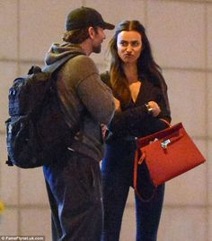 Bradley Cooper and model Irina Shayk spotted making out at Met Gala after-party Claudia Schiffer, Top Models, Irina Shayk Style, Bae, The Love Club, Paparazzi Photos, Modern Muse, Perfect Eyes, Handsome Actors