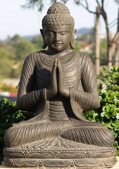 The Buddha: originally Siddhartha Gautama. Became Buddha after he went outside of his home after 29 years. After 49 days of meditating, he became he enlightened one. Lotus Buddha, Art Buddha, Buddha Zen, Buddha Buddhism, Buddhist Art, Buddhist Monk, Zen Meditation, Namaste, Statues