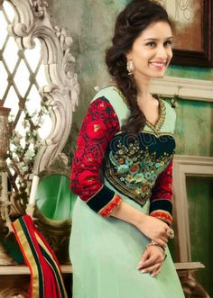 Summer Wear Anarkali Frocks With Shraddha Kapoor By Natasha Couture From 2014 Anarkali Frock, Shraddha Kapoor Cute, Prettiest Actresses, Bridal Dresses Online, Bollywood Actress Hot Photos, Casual Saree, Bollywood Stars, Beautiful Indian Actress, Beautiful Celebrities
