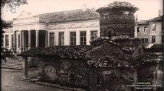 Ο ιερός ναός της Παναγίας Κουμπελίδικης και το παλαιό Γυμνάσιο Καστοριάς...