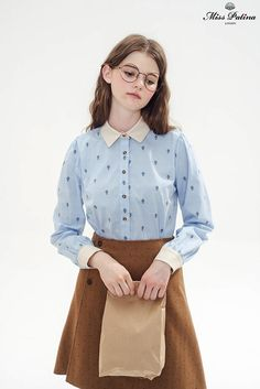 Aviator Shirt (Hot-air Balloon) - Miss Patina - Vintage Inspired Fashion brown skirt Vintage Inspired Fashion, Quirky Fashion, Cute Fashion, Vintage Fashion, Fashion Outfits, Preppy Style, My Style, 20th Century Fashion, Badass Style