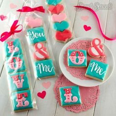 Valentine Sugar Cookies: 106 Yummy Example and Ideas Mini Cookies, Fancy Cookies, Heart Cookies, Iced Cookies, Cute Cookies, Royal Icing Cookies, Cupcake Cookies, Sugar Cookies, Cookies Et Biscuits
