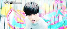 Taeyong - sm rookie - oh god i love him Nct Taeyong, Beijing China, Cute Funny Pics, Funny Pictures, Sm Rookies, Jaejoong, Vixx, Kpop Groups, Nct Dream