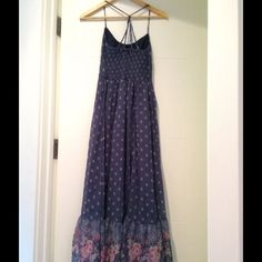 Dress and jumpsuit size s Maxi dress Abercrombie size S, it's chiffon, blue color and stamps. Jumpsuit  brand is studio F , stamps it's rayon multi color, very comfortable  All are size S  Excellent conditions...are not broken or stained Thank Abercrombie & Fitch Dresses Maxi