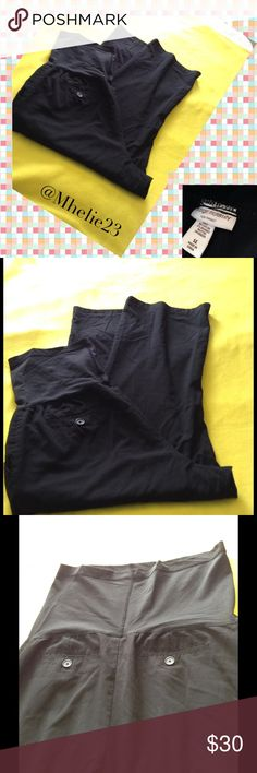 Liz Lange Maternity 14 Great light weight black pants goes well with any top with full belly coverage Pants