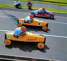 1970 soapbox derby I can not tell you why the 1969 Opel calender featured a photo of a downhill soapbox race, nor what Opel imagined to gain with it. I can only see the Opel name on the wheels of the two orange or yellow vehicles. Maybe the sons of an Opel executive participated, Opel sponsored and the boys had to appear in the calander.