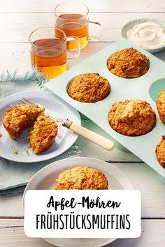 Apfel-Möhren-Frühstücksmuffins Frühstücken Brunchen Muffins Karotten Apfel Äpfel Brunchen Gesunde Ernährung Ausgewogene Ernährung Haferflocken Cupcakes Gesunde Ernährung Rezepte  #Hafer #Frühstücken #Brunchen #Karottenmuffins #Muffinsbacken #Frühstücksmuffins