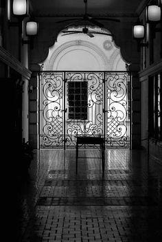 St. Petersburg, Fl ~ Snell Arcade