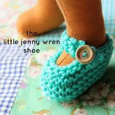 little jenny wren . life and dolls : the little jenny wren shoe, a simple knitted doll shoe little jenny wren . life and dolls : the little jenny wren shoe, a simple knitted doll shoe Knitting Dolls Clothes, Yarn Dolls, Crochet Doll Clothes, Knitted Dolls, Crochet Dolls, Knit Crochet, Crochet Cats, Crochet Birds, Crochet Food
