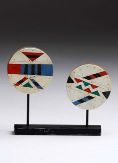 South Africa | Ear plugs from the Zulu people | Wood, plastic | Est. 100 / 150 € ~ (Nov '13) African Traditional Wear, Traditional Outfits, Zulu, African Design, African Art, Lino Prints, Ear Plugs, Objet D'art, Clay Crafts