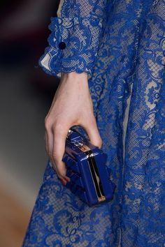 Valentino at Paris Fashion Week Fall 2013 - Details Runway Photos Blue Fashion, High Fashion, Womens Fashion, Paris Fashion, Color Azul Rey, Shades Of Dark Blue, Azul Real, She's A Lady, Fashion Details