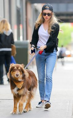Amanda Seyfried & Finn from The Big Picture: Today's Hot Pics  The starlet and her pooch take a walk around the Big Apple.