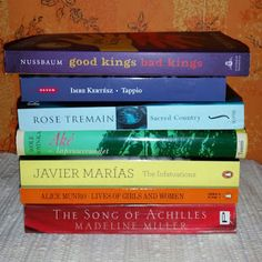 Ullan Luetut kirjat: Luetaan sateenkaari -haaste Reading Challenge, Infatuation, Challenges, Songs, Life, Song Books, Falling In Love, Music