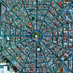 Plaza Del Ejecutivo, Mexico City, Mexico - photo from dailyoverview (10/16/2014);  Radiating streets surround the Plaza Del Ejecutivo in the Venustiano Carranza district of Mexico City, Mexico.