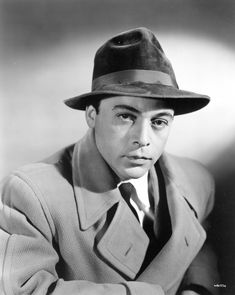 Herbert Lom-2. Herbert Lom, Wax Statue, Romanian Girls, Jeremy Brett, Famous Names, Star Wars, Renaissance Men, First Language, Men's Hats
