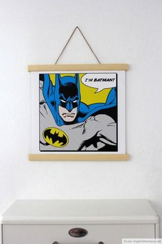 Here is an easy and cool way to display your favorite pictures or posters – the magnetic poster hanger! (German) Related posts:Clouds Grey Peel & Stick Fabric Wallpaper RepositionableWandobjekt SlikZNAK Mosaic Wall Diy Craft Projects, Diy Crafts, Craft Ideas, Outdoor Projects, Holiday Program, Im Batman, Photo Holders, Mosaic Wall, Fabric Wallpaper