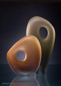 Luxury contemporary glass art design made by Bernard Katz Glass. #artglass #sculpture