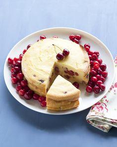 Cseresznyés ricottatorta | Dolce Vita Blog Ricotta Cake, Cherry Cake, Taste Buds, Food Photography, Sweet Treats, Sweets, Candy, Chocolate, Cooking