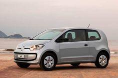 A Volkswagen iniciou um recall envolvendo os modelo Gol, Voyage, Saveiro e Up! Por defeito no airbag.Segundo comunicado da Volkswagen foi identificada uma falha no airbag do motorista. O componente pode não abrir corretamente em caso de colisão frontal, aumentado o risco de ferimentos e comprometendo a segurança do passageiro. Leia mais...