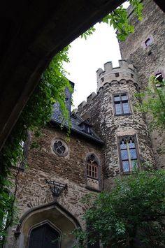 Medieval, Castle Lahneck, Germany photo via lise