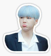 Suga / Yoongi blue hair Pegatina Pop Stickers, Meme Stickers, Tumblr Stickers, Printable Stickers, Kpop Logos, Bts Tattoos, Bts Face, Bts Meme Faces, Bts Merch