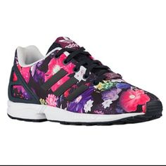los angeles 9e404 2c14a They come in different colors and designs Nike Running Shoes Women, Nike  Free Shoes,