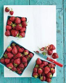 med104169_0609_raw_strawberry.jpg