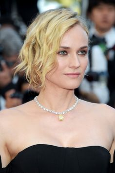 Diane Kruger Photos Photos - Diane Kruger attends the Closing Ceremony of the 70th annual Cannes Film Festival at Palais des Festivals on May 28, 2017 in Cannes, France. - Closing Ceremony Red Carpet Arrivals - The 70th Annual Cannes Film Festival