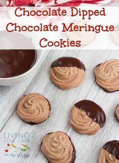 Chocolate Dipped Chocolate Meringue Cookies #grainfree #lowcarb #paleo #chocolate #holiday #cookies