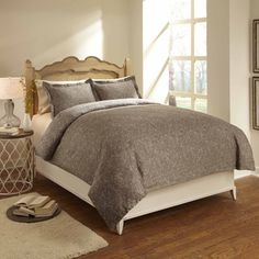@Overstock.com - Paisley 3-piece Duvet Cover Set - This three-piece duvet cover set establishes an elegant tone for your bedroom. The 300-thread count cotton sateen offers a luxurious feel, and it's reversible so you don't need to commit to one look. This lovely taupe set is machine washable.  http://www.overstock.com/Bedding-Bath/Paisley-3-piece-Duvet-Cover-Set/7472057/product.html?CID=214117 $39.99