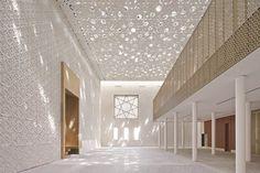 Vapor Ceiling System Achieves Modern Expression Through