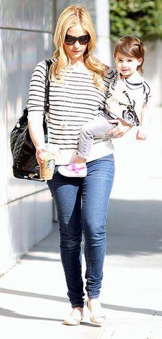 Starbucks makes the day just a little bit better...   (sarah michelle gellar- mommyhood)