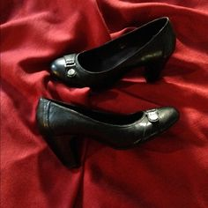 G.H. Bass & Co. Shoes Beautiful like new black shoes. Worn 1 time for an 8 hour class. Very cushioned insole and easy to walk in heel. Bass Shoes Heels