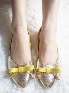 flat shoes - http://zzkko.com/n122340-013-new-summer.-Bottom-shoes-sweet-lady-bow-gold-flash-spell-color-pointed-flat-shoes-flat-heels.html $9.51