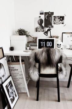 my work space (Scandinavian Love Song) Corner Office, Guest Room Office, Home Office, Scandinavian Interior Design, Modern Interior Design, Parlor Room, Study Areas, Study Office, Work Inspiration