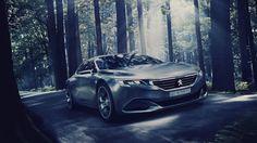 Concept Exalt de Peugeot, des lignes épurées et racées, et des matériaux nouveaux. Moteur hybride 340ch. Optique Led. Salon de l'Automobile de Paris 2014