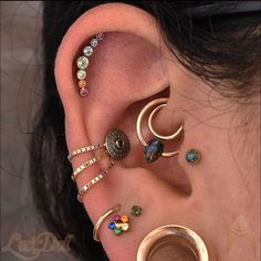 Raw Rainbow Quartz Jewelry, Angel Aura and Rose Gold Earrings, French Ear Wire Dangles, Luxury Wedding Earrings, Rainbow Anniversary - Fine Jewelry Ideas - - Bar Stud Earrings, Rose Gold Earrings, Wedding Earrings, Ear Earrings, Ear Jewelry, Cute Jewelry, Body Jewelry, Jewellery, Jewelry Ideas