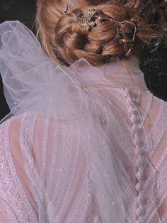 """lamorbidezza: """"Valentino Haute Couture Fall 2011 Details """""""